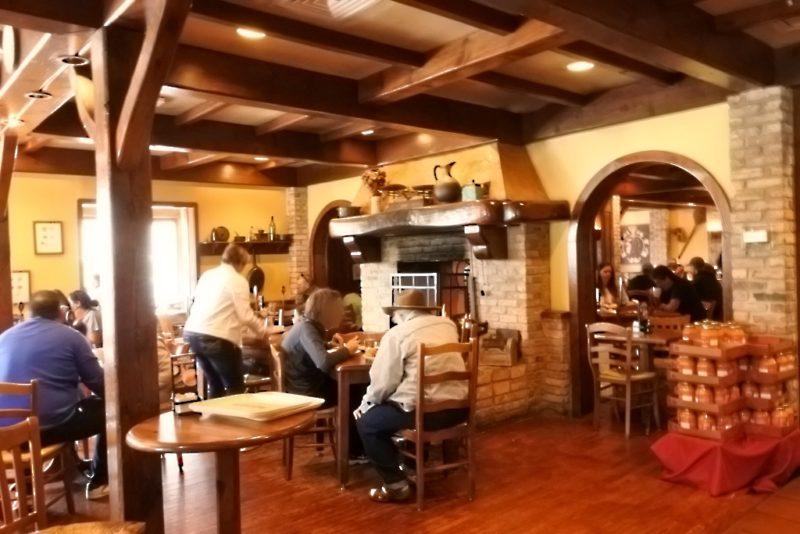 Le sandwich de baguette français au Texas, La Madeleine French Bakery & Café