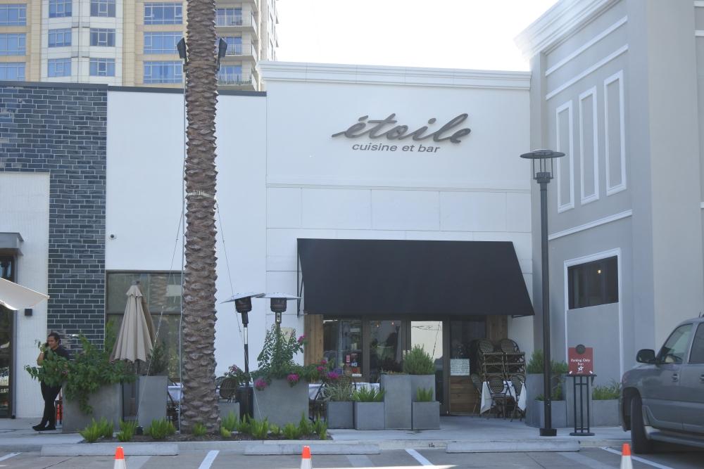ヒューストンで最高のシーフード食べるなら仏領事館職員おすすめのムール・フリットが美味しいレストランで!