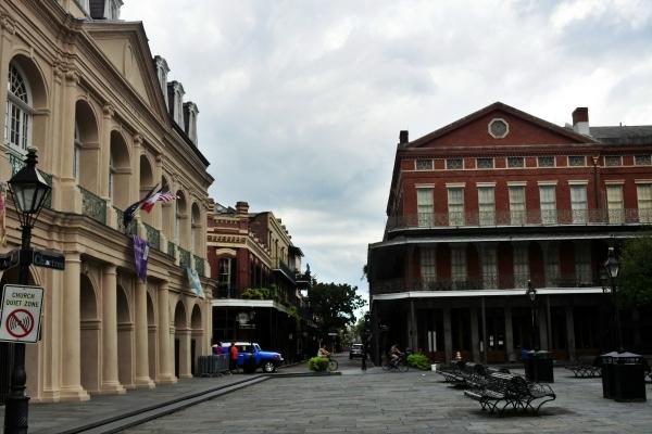 教会堂前の広場